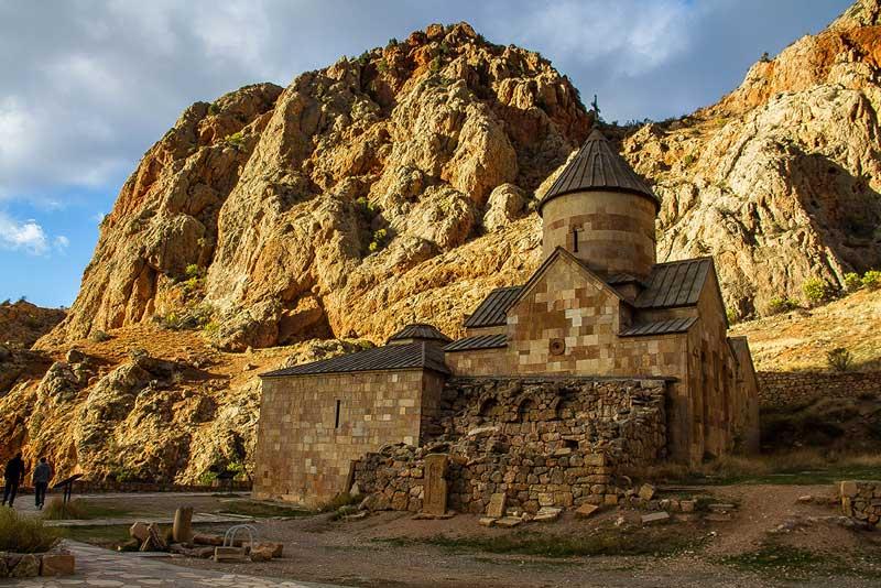 Монастырский комплекс Норванк