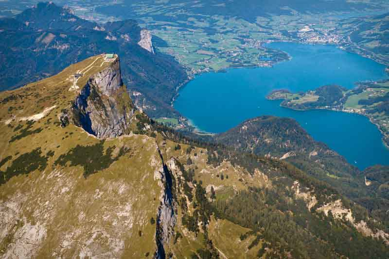 Вид с горы на озеро Мондзее