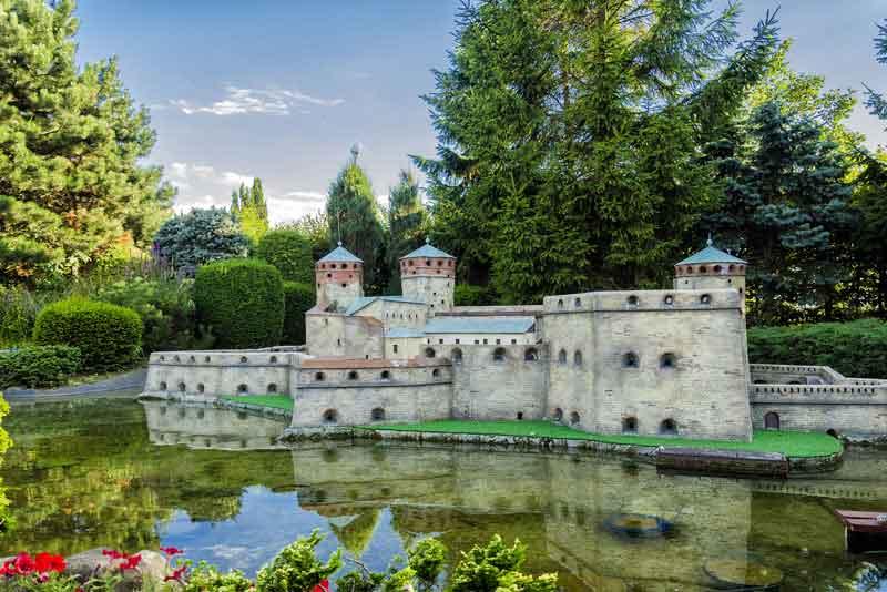 Замок Олавинлинна (Финляндия) в Мини-Европе