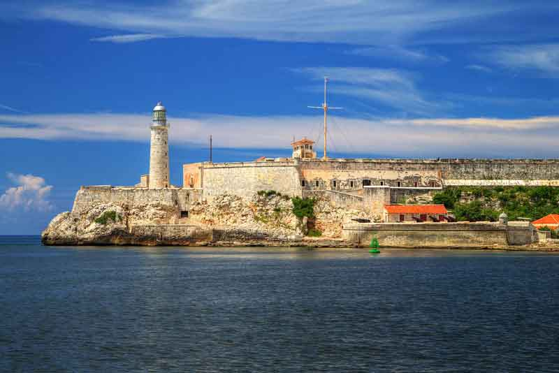 Старинная крепость и маяк Эль-Морро