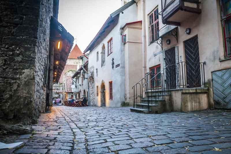 Древняя улица города