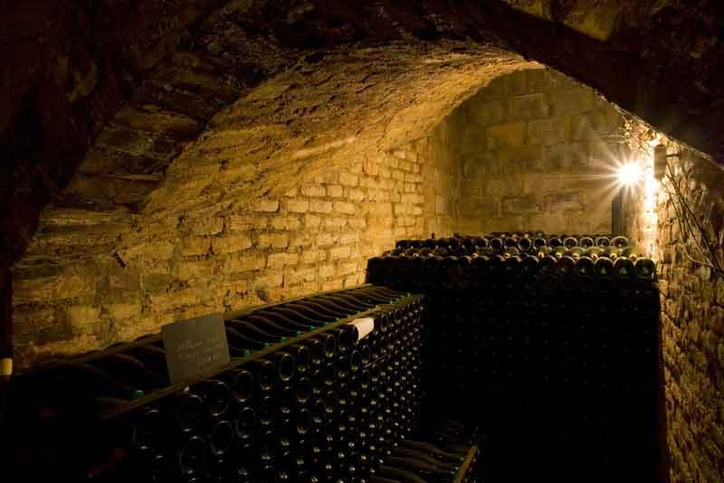 Погреб шампанских вин
