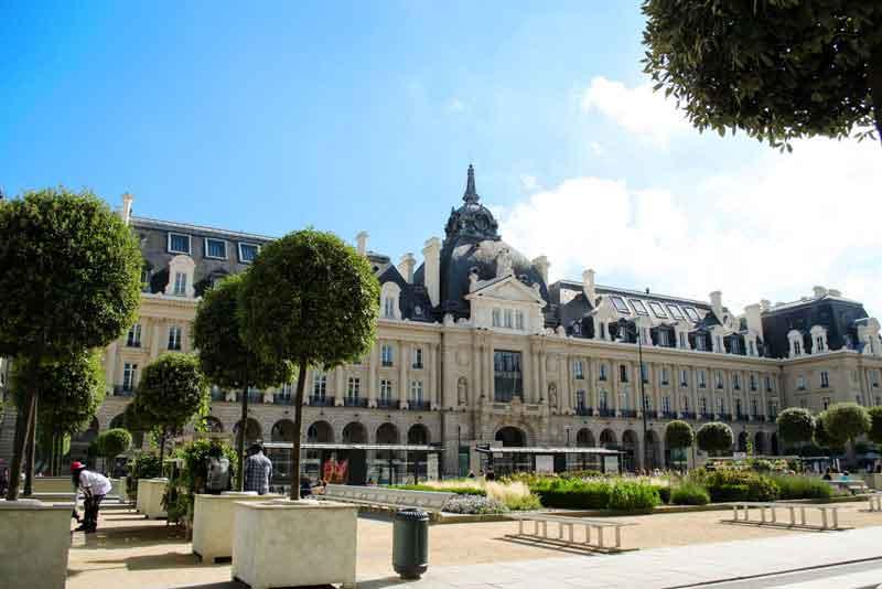 Площаль Республики