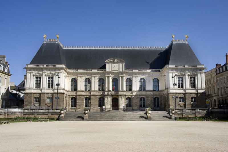 Здание регионального парламента Бретани 17 века