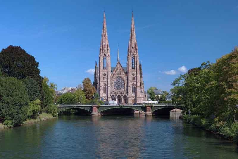 Вид на церковь Св. Павла