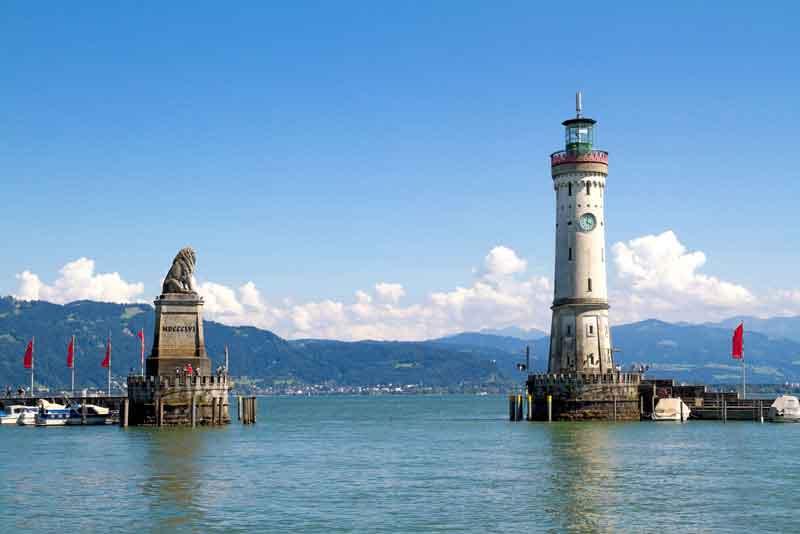 Порт города на озере Констанц