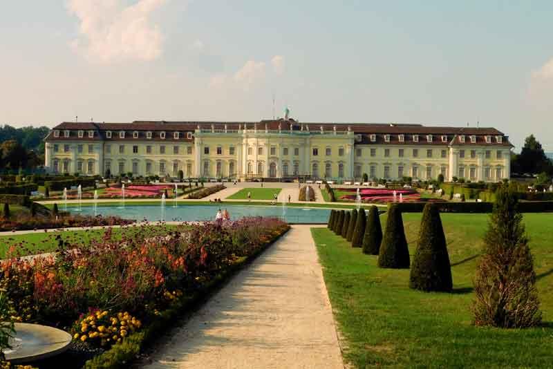 Замок Людвигсбург