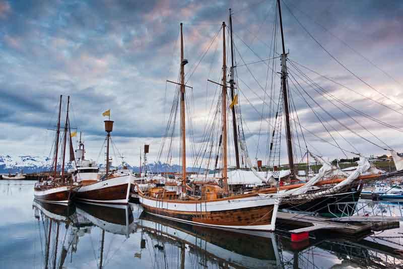 Оригинальные исландские парусные лодки