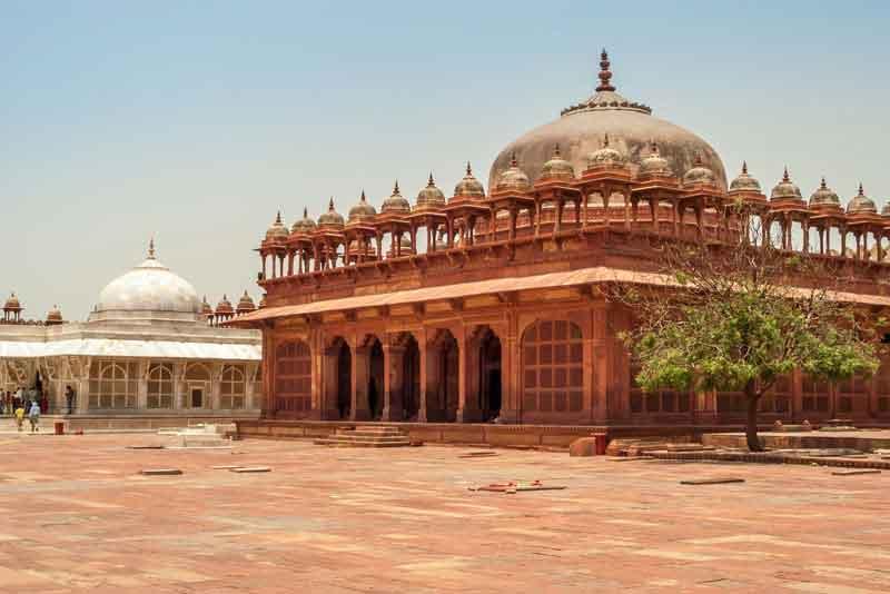 Одно из зданий дворца Фатехпур-Сикри