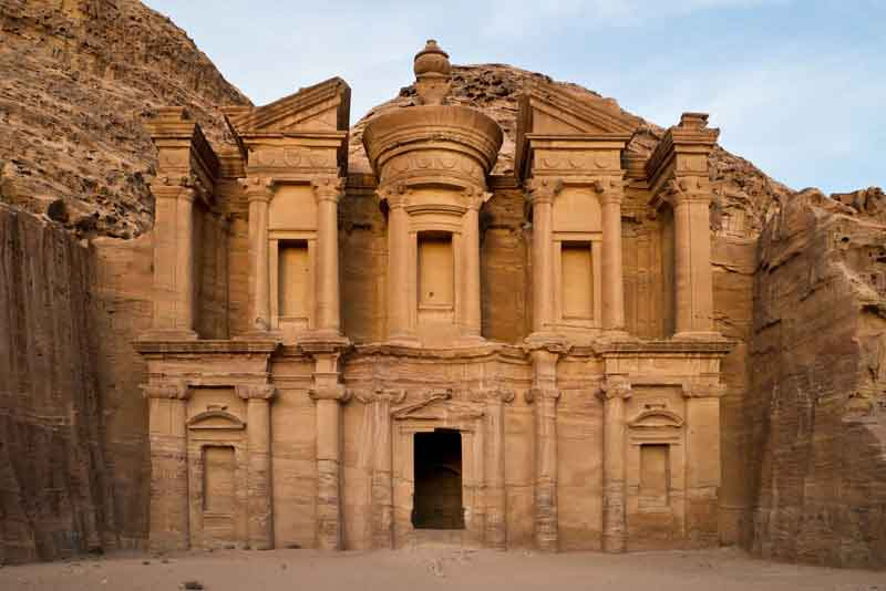 Скальный храм Ад-Дэйр
