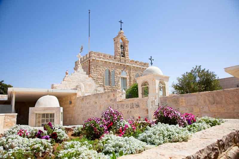 Францисканская церковь 'Милк Гротто'