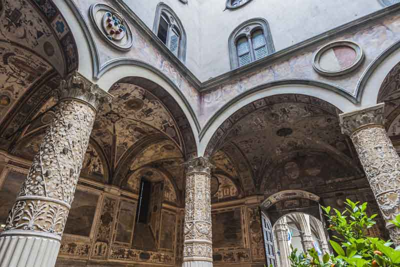 Старый дворец - ратуша города