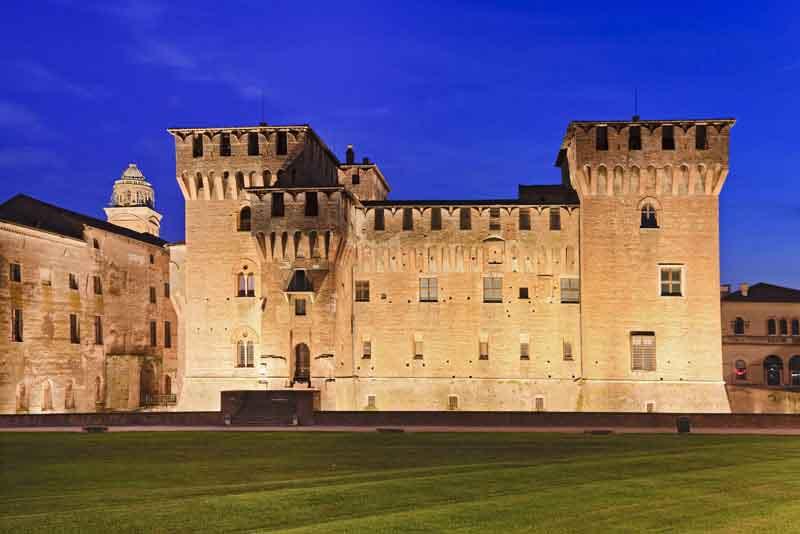 Средневековый замок семьи Гонзага