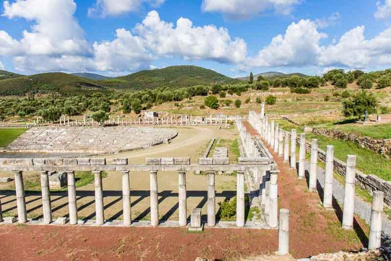 Руины гимназии древнего города