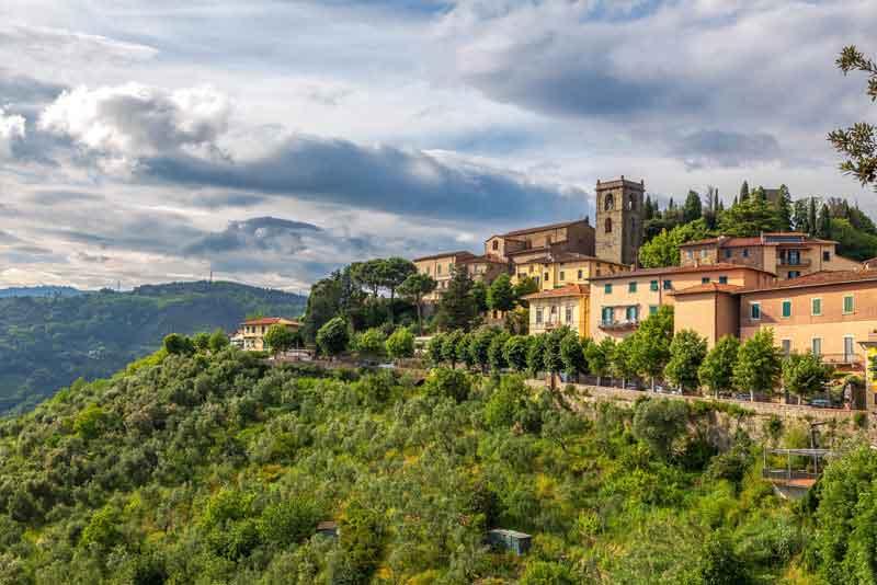 Итальянский средневековый город
