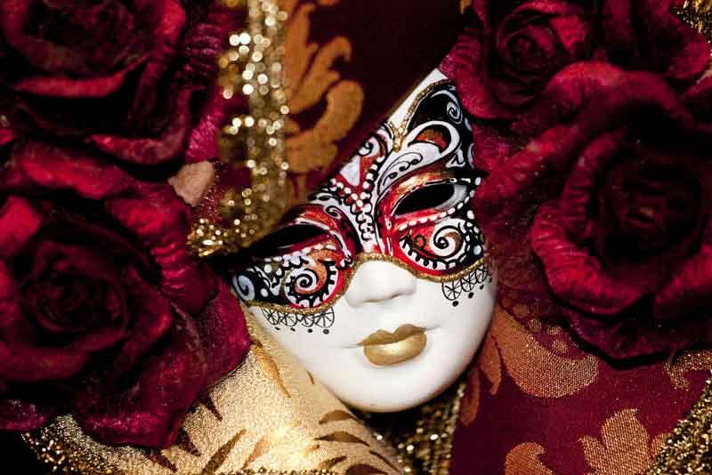 Маска Венецианского карнавала