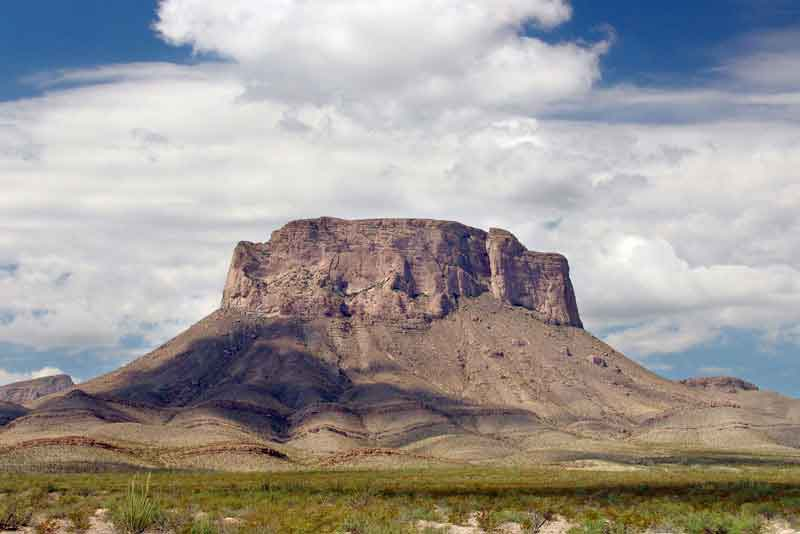 Гора 'Banco del Lucero'