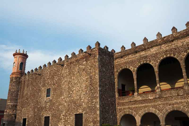 Дворец Кортеса