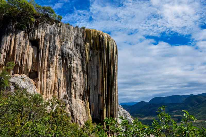 'Застывший водопад# Hierve el Agua