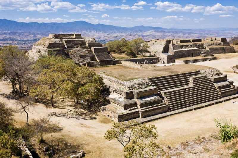 Монте-Альбан - руины сапотекской цивилизации