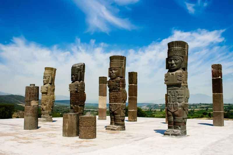Скульптуры Тольтеков
