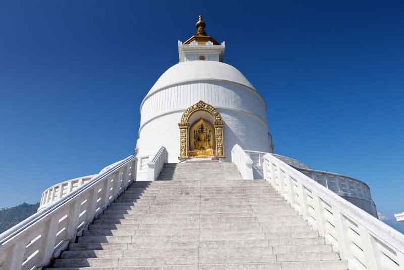 Пагода Мира — это буддийская ступа, созданная для единения людей всех рас и вероисповеданий в поисках мира и спокойствия