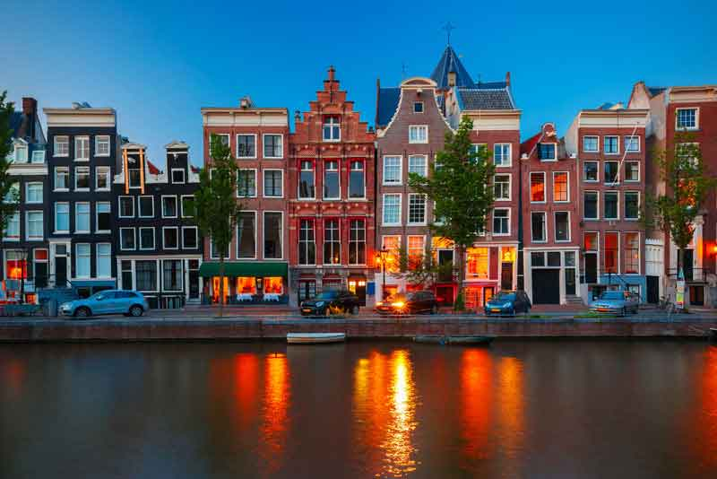 Вид на каналы Амстердама