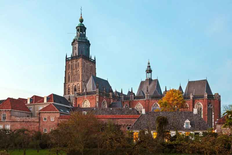 Вид на средневековый центр города