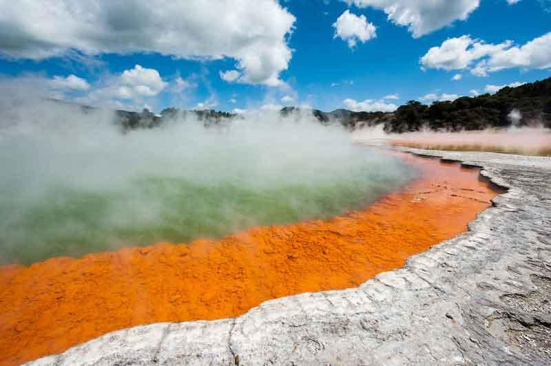 Озеро Фраинг Пэн (сковородка) самое большое в мире с горячей водой