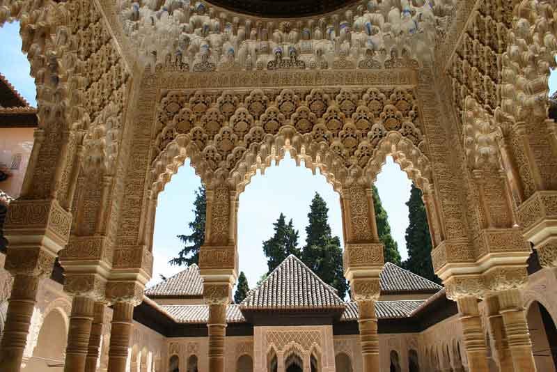 Фрагмент дворца Альгамбра