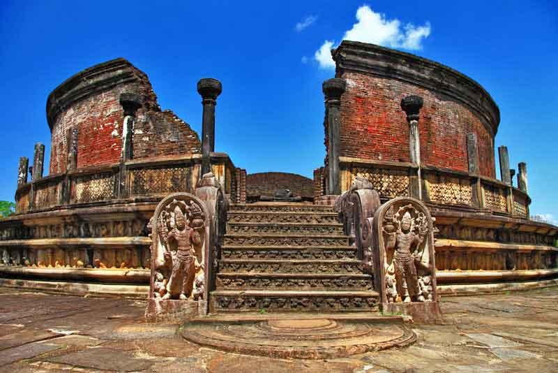 Древний храм средневековой столицы Цейлона, ЮНЕСКО