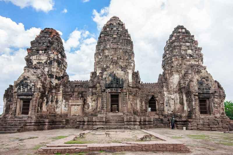 Археологические раскопки Пранг Сэм Йот