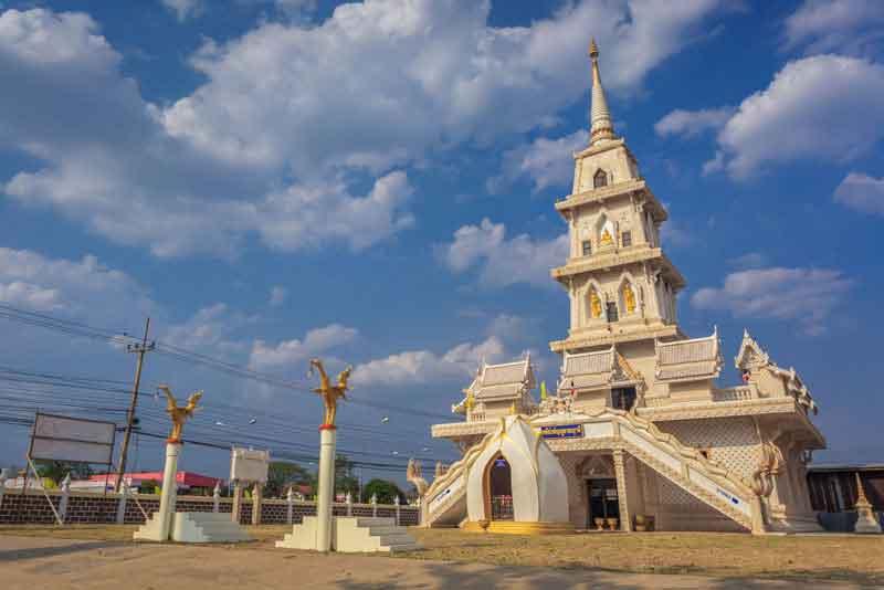 Храм Wat Lamnarai