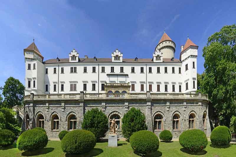 Замок Конопиште в Центральной Богемии