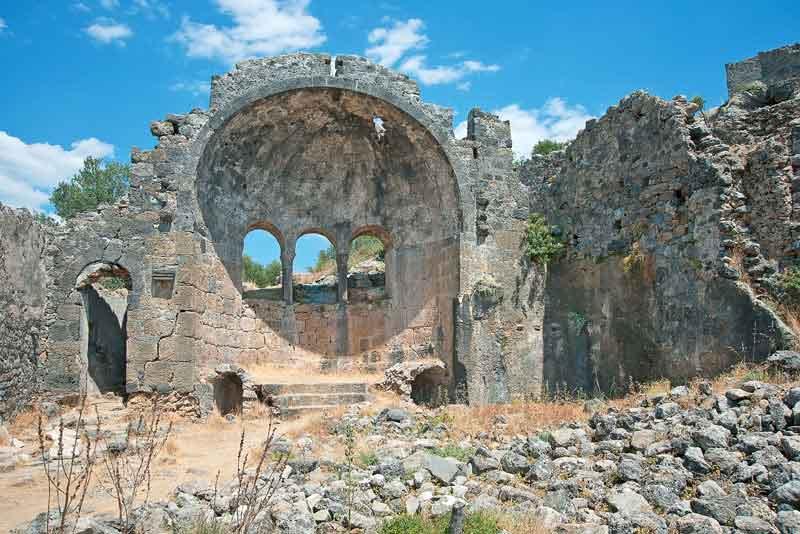 Руины церкви Святого Николая (7 век)