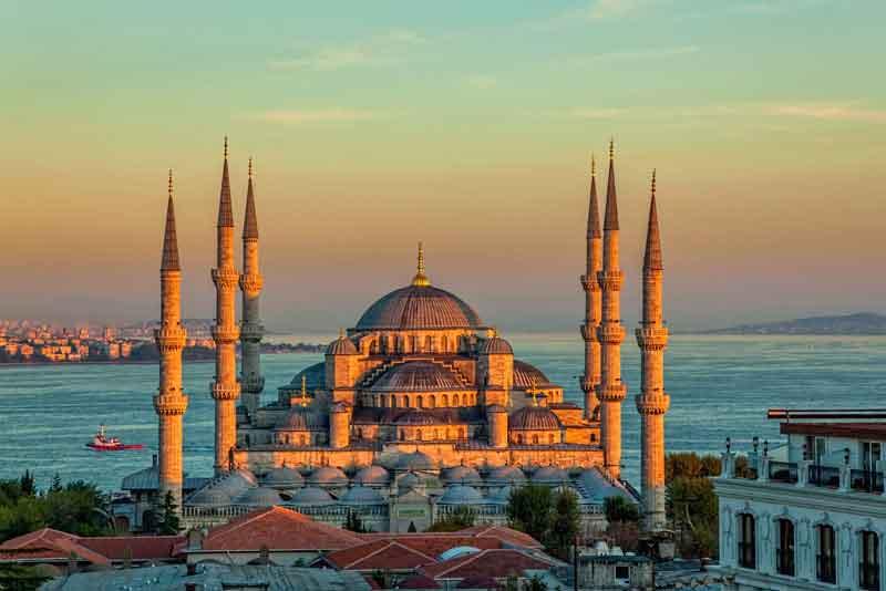 Голубая мечеть в лучах заката