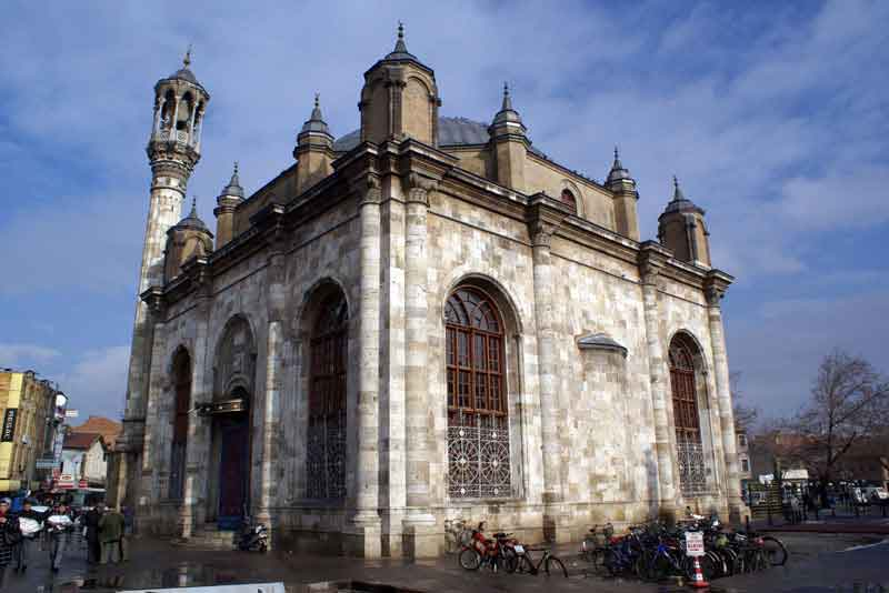 Мечеть в центре города