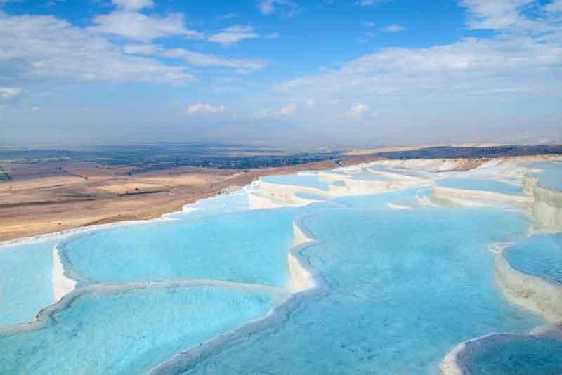 Природные травертин бассейны и террасы