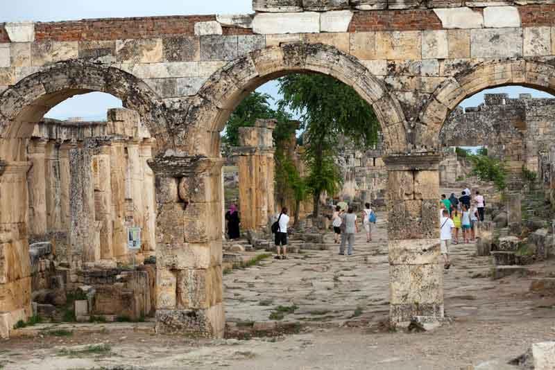Руины древного города