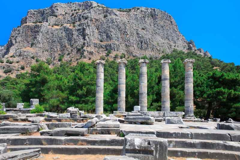 Руины древнего города