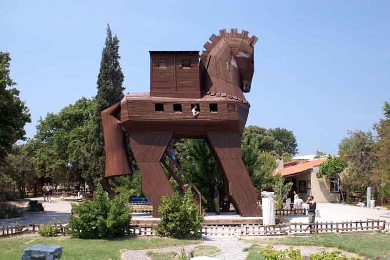 Реконструкция троянского коня