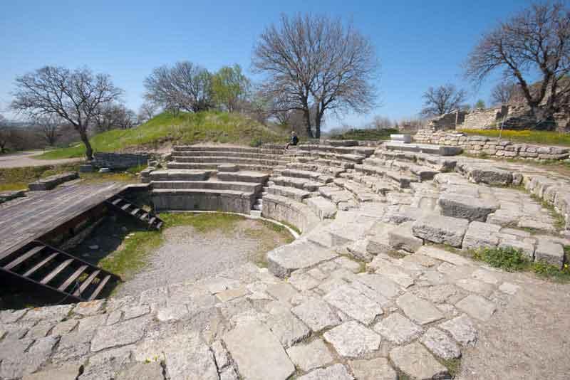 Римский амфитеатр древнего города